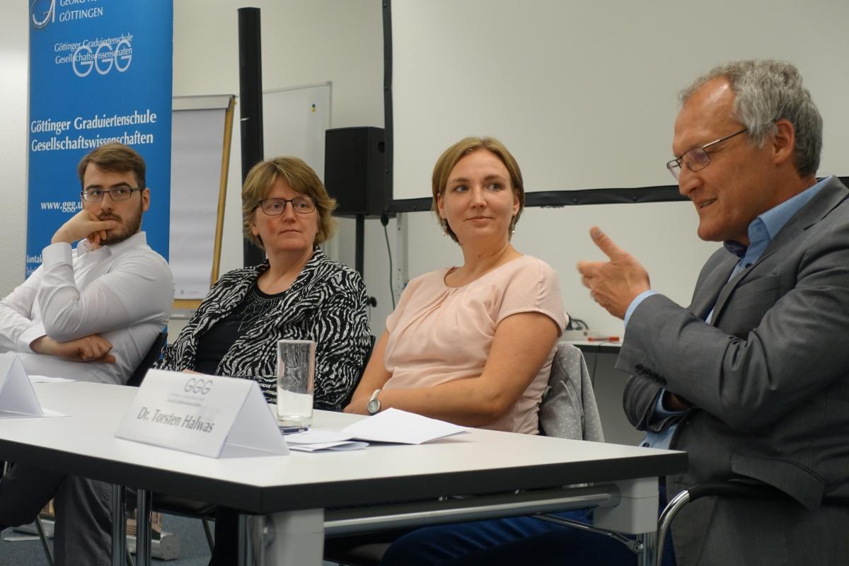 v.l.n.r: Brendel, Roß, Wiese, Halwas